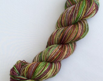 Marion - hand dyed yarn 3.5 oz 437 yds