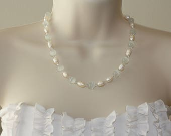 Freshwater Pearl Necklace / White Necklace/ Cat's Eye Glass Necklace / Swarovski Crystal Necklace / Beautiful Necklace