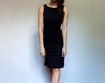 90s Black Dress Minimalist Dress Vintage Sleeveless Knee Length Ruched Dress - Extra Small XS