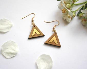 Triangle earrings, wood geometric earring, chevron gold color, wooden minimal jewel, minimalist modern jewelry, brass dangle, made in France