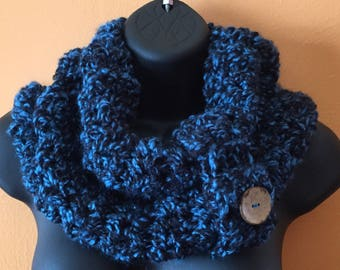 Midnight blue knitted cowl