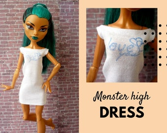 Monster high doll dress ooak. Monster doll clothes with print. OOAK dress with quote. Casual dress fits big sister and regular monster body