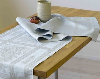 Jacquard Table Runner - Linen Cotton Blend