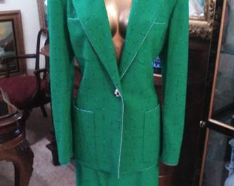Carlisle Apple Green 2pc. Suit