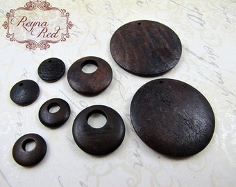 Dark Maple Mixed Pendants, mixed wood beads, gogo beads, wood round, natural wood beads, jewelry making, beading supply, beads - reynaredsu