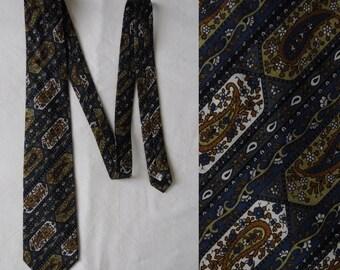 Mens vintage paisley tie cravate, blue green patterned cotton tie, french cravate, neck tie