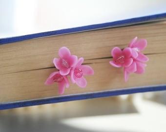 Pink flower jewelry - lilac stads earrings - pink flower earrings - floral earrings - flower jewelry - floral jewelry - botanical jewelry