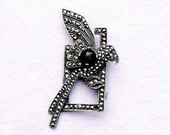 Sterling Silver, Marcasite and Onyx Parrot Art Deco Style Brooch Vintage