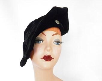 Black velvet hat, 1940s tilt, WW 2 era