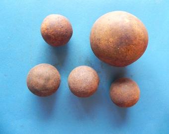 5 Old Iron Cannonballs. Civil War Period.