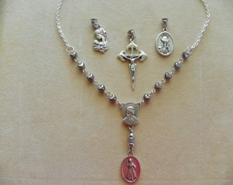 The Ultimate Rosary Necklace, it is a Handmade Rosary Necklace made with silver oxidized medals and chain.(.)
