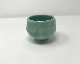 Porcelain Green Teabowl with Chatter