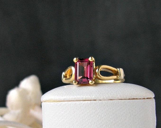 Vintage 14K Gold Garnet Ring Rhodolite Fine Jewelry