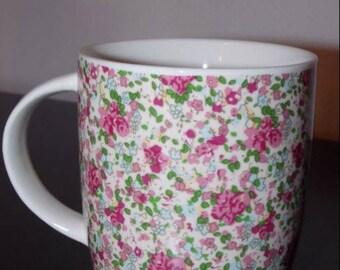 Vintage pink floral mug