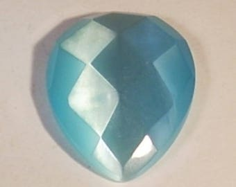 Cabochon 31mm light blue faceted glass drop