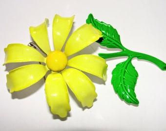 Large Enamel Flower Pin Daisy Vintage