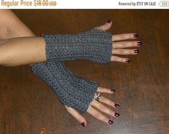 Gray Heather Fingerless Texting Gloves. Boho Arm Warmers Fingerless Bohemian Texting Gloves Heather Grey Shorty Handmade Crocheted Unisex