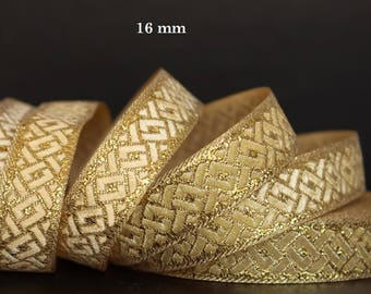 Medieval lace embroidered jacquard width 16 mm