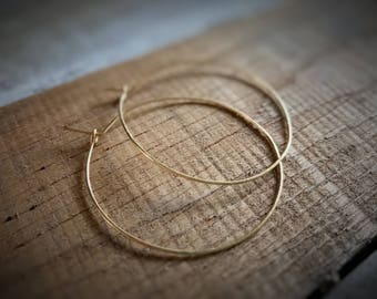 Medium Hoop Earrings / Textured Gold Hoops / Thin Gold Hoop Earrings / Lightweight Gold Hoops