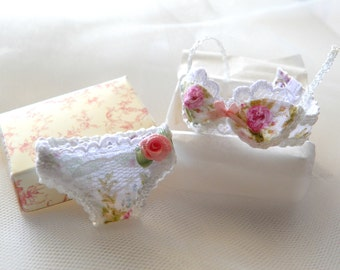 dollhouse miniatures Bra with panties in 1:12 scale-lingerie