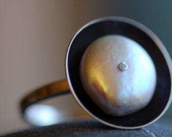 Coin Pearl Ring, Sterling Silver Ring, Geometric Ring, Cultured Pearl Ring
