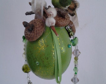 Here Comes Spring! Egg Ornament