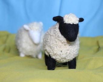 Sheep//Waldorf toy //Stuffed animal //Waldorf Sheep//Stuffed Sheep
