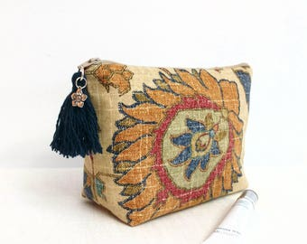 Makeup bag,  Boho cosmetic bag, Paisley makeup bag, tassel boho makeup bag, Boho zipper bag, gift for her, teacher gift, Boho gift decor