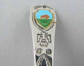 The Peace Garden State NORTH DAKOTA Collectible SOUVENIR Spoon