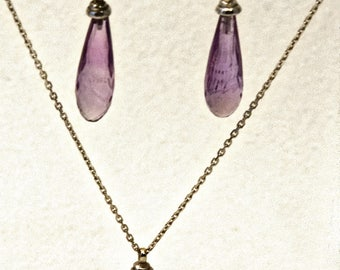 Set pendant and earrings in shape Amethyst drop and white gold
