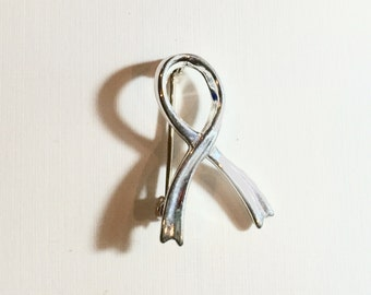 VINTAGE. Sterling Silver 92.5 Awareness Ribbon Brooch