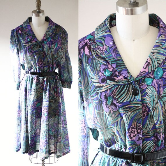1970s jungle print shirt dress // 1970s purple dress // vintage dress