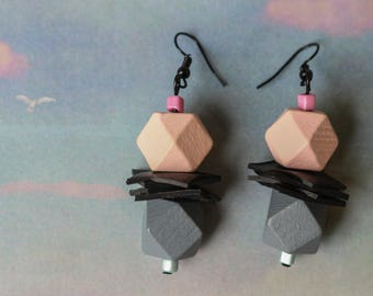 Cubist (handmade earrings from recycled bicycle inner tube and beads)