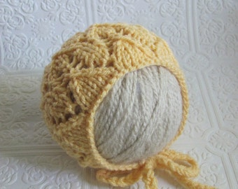 Lace Bonnet - Knitting Pattern - Newborn
