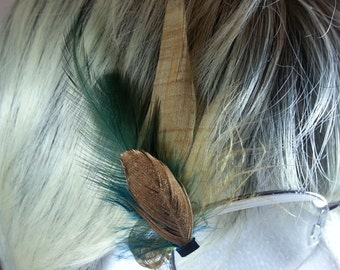 Feather Eyeglass accessory in Gold and Green perfect alternative to feather eyelashes