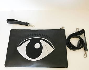 The I see you eyes Clutch