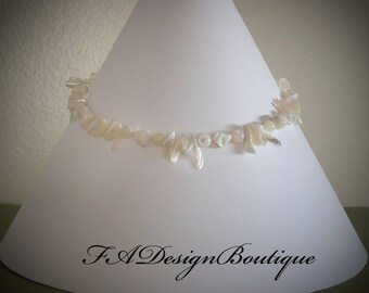 Elegant ! Mother of Pearls Necklace