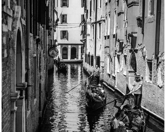 "DIGITAL DOWNLOAD - Printable Photography ""Venice - Gondoliers"" - Print Your Own - large size JPEG up to 30x45 cm"