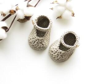 """""""Babies"""", crochet baby booties"""