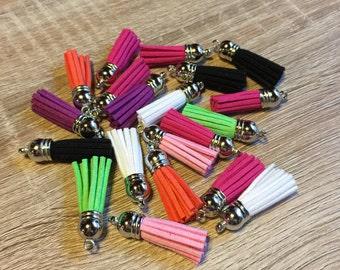 Tassel to add to keychains