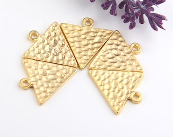 Hammered Triangle Pendants, 22k Gold Plated, Triangle Charms, Geometric Pendants, 5 pieces // GP-505