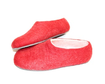 Strawberry Felted Slippers - Wool Shoes - Minimalist Shoes - Gift for New Mom - Rubber Soles - Gift for Her - Natural Shoes - House Shoes