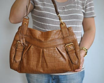 Vintage LEATHER SHOULDER BAG , women's leather bag.............(570)
