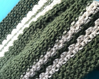Hand knitted vintage scarf.. so long!!