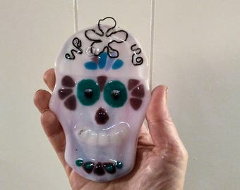 Fused glass ornament - skull home decor - fused glass skull - fused glass gift - skull lover gift - sugar skull - skull glass art gift
