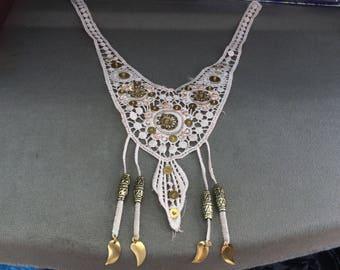 Applique lace guipure and sequin style ethenique