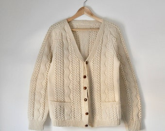 Vintage Wool Cardigan - Cable Knit / Cream White / Knitted / Slouchy / Cozy / Comfy / Handmade / Pockets / Vintage Sweater / Wool Sweater
