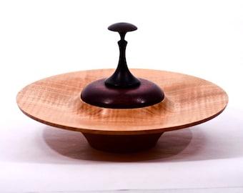 maple bowl, lidded, qx-59