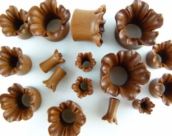Blooming Flower Tunnel Plugs - Ear Stretchers - one pair - Stretch your ears - Carved Ear Tunnel stretcher Stylish plugs (6mm - 30mm) - PA14