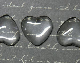 3 cabochons 16x18mm heart shaped glass dome